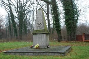 Rudy. Pomnik pamięci żolnierzy poległych podczas Iwojny światowej