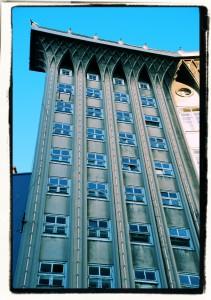 4 pilastry / 4 pillars