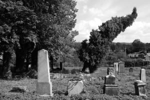 Upór. Cmentarz żydowski wKarniowie