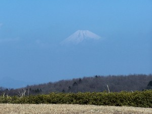 Fuji as seen from my hotel's bed / Fuji po przebudzeniu