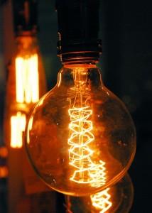 Światło / Żarówka (3)