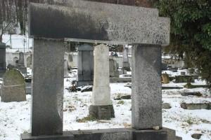 Żydowski cmentarz wKrnovie (styczeń 2015)