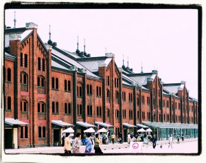 Stare magazyny w Jokohamie / Old store-houses in Yokohama seaport from the late 19th century (2007)