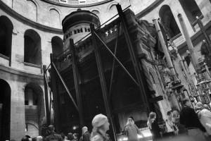 Status quo. Bazylika Grobu Bożego (Jerozolima, 2013)
