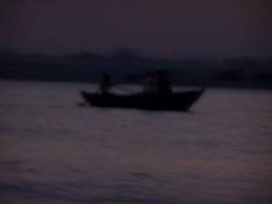 Zjawy / Ghosts (Varanasi, Benares, Ganges River)