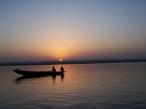 Dwóch rybaków naGangesie / Two fishermen on Ganges