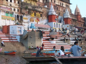 Gaty o poranku / Ghats in the early morning