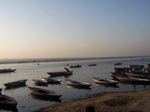 Ganges iłodzie / Ganges and boats (Varanasi)