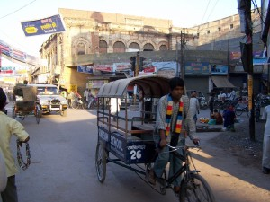 Local taxi / Miejscowa taksówka (portrait of the city: Varanasi, India)