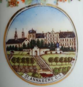 Annaberg. Fragment dekoracji porcelanowego dzbanka