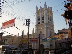 Koegzystencja / Co-existence (portrait of the city: Varanasi, India)