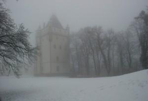 Zima. [Hradec nad Morawicą, historyczne miejsce spotkania orszaku Dobrawy i orszaku Mieszka I)