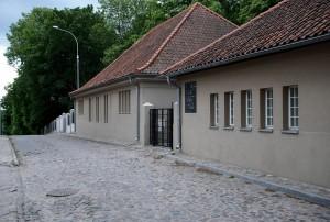 Dom przedpogrzebowy (Olsztyn, architekt E. Mendelsohn, 1913)