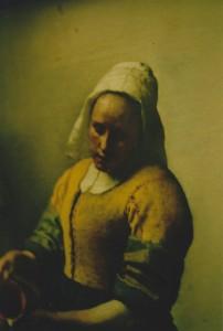 Kobieta nalewająca mleko (fragment), Jan Vermeer (repr. L. Jodliński,; fotografia analogowa)
