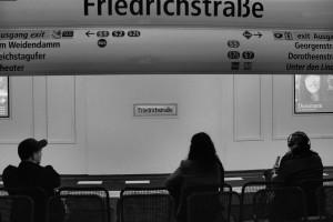 Czekanie / Waiting for train (Berlin)