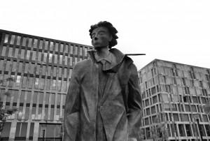 Traveller / Podróżnik 2 (alter. Mały Ksiażę w Berlinie / Little Prince in Berlin; same place)