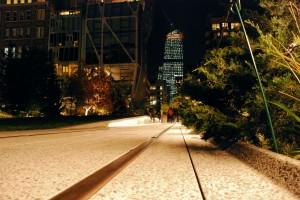 Ślady. High Line wieczorem