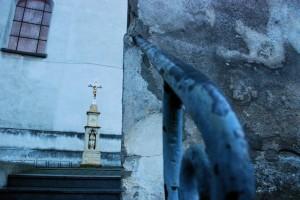 Stopniowanie (Bieńkowice, kościół parafialny)