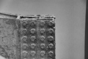 Złamanie 2/ Broken piece (2) (11/9 Museum - fragment ekspozycji)