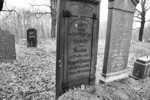 Doktor /M.D. (cmentarz żydowski wPyskowicach)