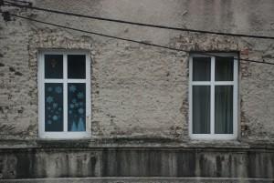 Okna dwa / Zima za oknem