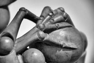 Ręce nieruchome, H. Bellmer (1971) (fragment projektu rzeźby)
