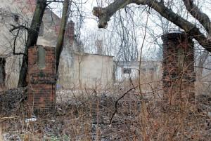 Brama / Tori / Gate (cmentarz żydowski wPyskowicach / do1945 Peiskretscham)