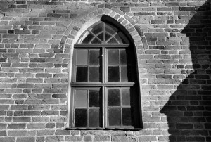 Okno / Window (14th c. church, Osieki)