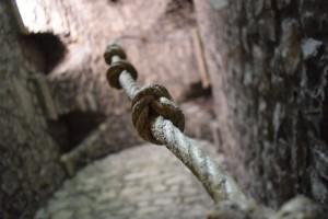 Węzły (sznur sygnaturki kościoła klasztornego w Tamié)
