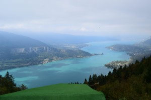 Jezioro Annecy (Tam gdzie startują paralotniarze...)