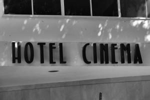 Hotel Cinema, Tel Awiw